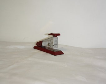 Vintage stapler Isaberg Hestra