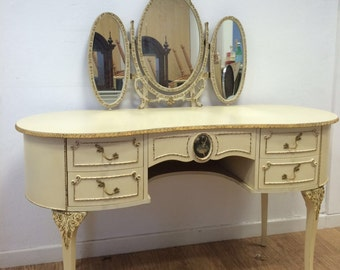 Louis IV Inspired Dressing Table Set