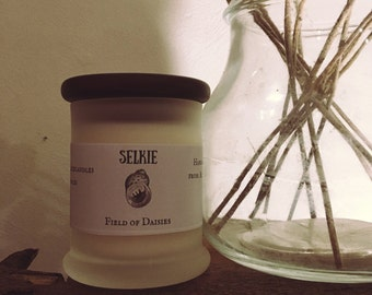 Field of Daisies Candle