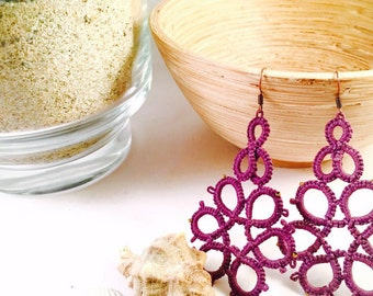 Handmade earrings with purple perline\Frivolite\lace purple jewelery\personalizable\present beads\orecchini tatting with tatted for her