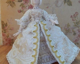 Hand made 1/12 scale Georgian Lady in a OOAK Cream/Gold Gown