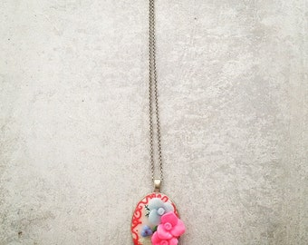 Fimo Flower Medaillon Necklace