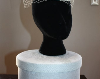 Bridal hat fascinator