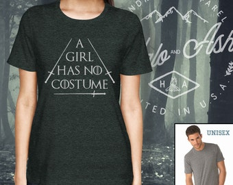 A Girl Has No Costume Shirt Funny Halloween T-Shirt Couples
