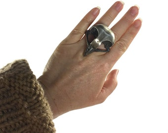 Hawk Skull Ring / Vintage 1990s Handmade Pewter Bird Skull Ring / Gothic Punk Rocker Statement Jewelry