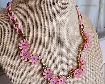 FREE SHIPPING Vintage Pink Plastic Flower Floral Rhinestone Necklace