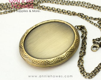 """Oval Cameo Locket in Vintage Gold with matching 30"""" link chain. Image area is 30x40"""