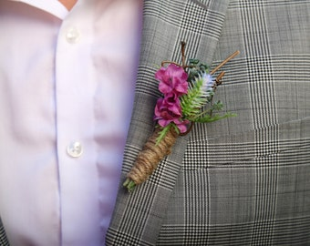 Purple rustic Boutonniere - Wedding Boutonniere - Groomsmen Boutonniere - Woodland Wedding Boutonniere - Simple Boutonniere