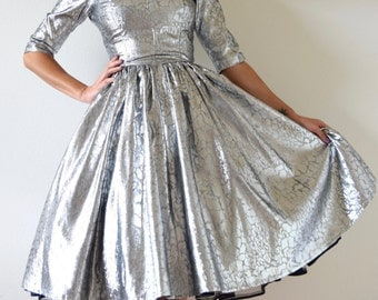 SPRING SALE/ 20% off Vintage 60s 70s Metallic Silver New Look Party Dress (size xs, small)