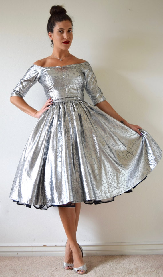 SUMMER SALE / 20% off Vintage 60s 70s Metallic Silver New Look Party Dress (size xs, small)