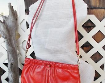 Red Leather Purse 70s era Snap Rim