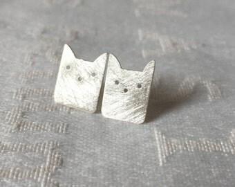 Cat earrings,  earstuds Sterling silver, cat earstuds sterling silver, silver cat earrings
