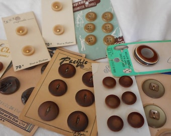 Lot Sets of VINTAGE Carded Brown Plastic & 1 Tog Craft Sewing Buttons L122
