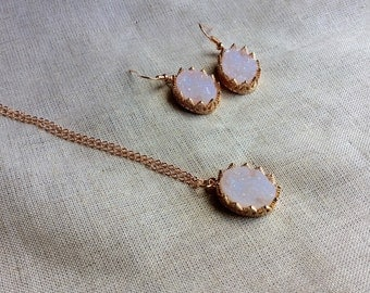 Rose gold Druzy Necklace and earring/ rose gold necklace and earrings/ Faux Druzy Necklace, Druzy Pendant, Boho Jewelry, Druzy Neckl