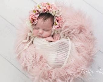 Flower Bonnet,  Floral Bonnet, Baby hat, Baby Photo Prop, Newborn Photo Prop, Knit Baby Bonnet, Baby Girl Hat, Baby Hat, Knit Baby Hat