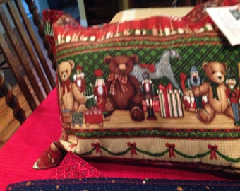 Holiday Decorator Pillow