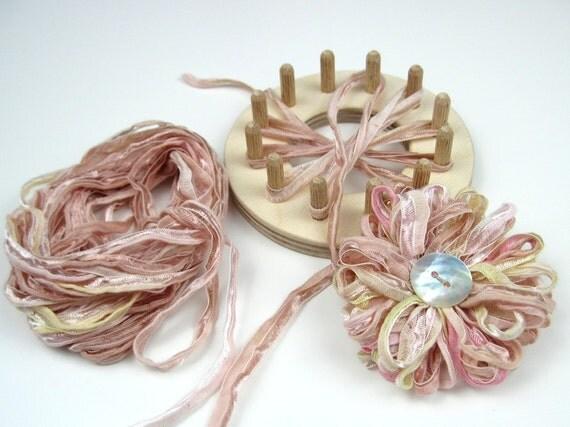 flower loom kit, makes 3 ribbon ffflowers, craft kit, daisy loom