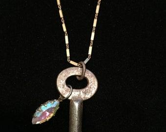"""Vintage """"180"""" Skeleton Key Necklace - 18-inch - Navette-shaped glass gem"""