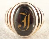 Size 7 Vintage Sterling and Enamel Gothic Letter T Ring