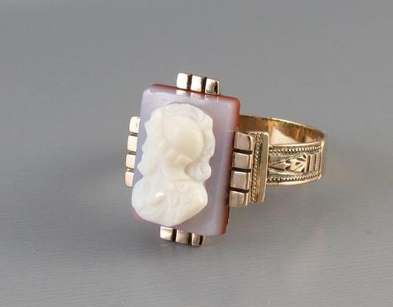 Mans antique Mid Victorian hardstone sardonyx cameo 10k rose gold hand crafted ring, size 11