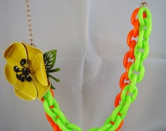 """32"""" long vintage flower brooch necklace with vintage colorful plastic links, very unique piece"""