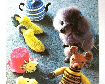 Vintage Bazaar Novelties and Gifts Pattern Booklet by Patons Beehive No 115 Knitting Crochet Patterns Tea Cosies Slippers Toys and Dog Coats