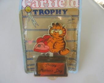 Vintage Garfield Statue Figurine Mothers Day Trophy