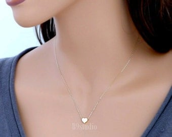 Small heart necklace, gold dainty heart necklace, love, gifts, Minimalist charm pendant, gold filled chain, everyday jewelry, holidays gift