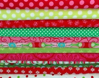 16 Half Yards Christmas Holiday Fabrics Mix  Stockings Dresses and Home Decor Value Price