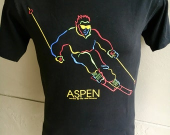 Aspen Colorado Skier 1995 black vintage t-shirt - size medium/large