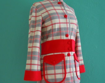vintage 60's Italian knit red and grey set // 2 piece jacket and shorts