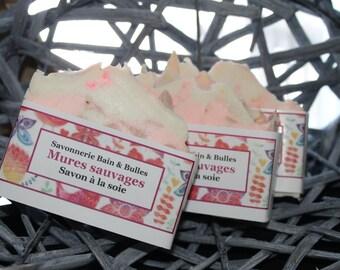 Savon à la soie Mûres sauvages, Black rasberry vanilla, handmade, fait main, silk soap
