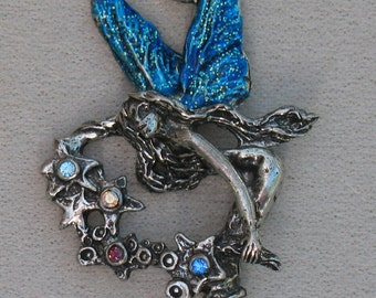 Magic Enchants Fairy Pendant