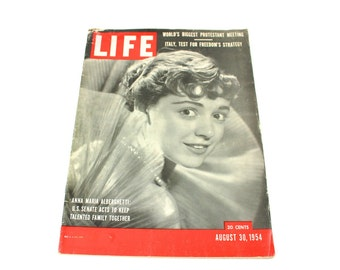 Vintage 1954 Life Magazine August 39th Actress Anna Marie Alberghetti Front Cover Articles Pictures Advertisement