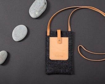 iPhone 6 case Wool felt -eco friendly-handmade in Switzerland