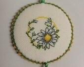 Daisy Flower Pinkeep Pin Keep Pincushion Sewing Accessory