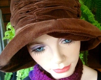 vintage hats brown  hat velveteen rouched brownhat with brim