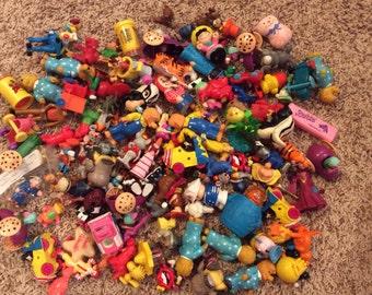 DESTASH - 100-Piece Misc. Toy Lot