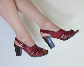 Vintage 1970s Oxblood Red High Heel Slingbacks / 70s Open Toe Burgundy Sandals Chunky Heel Tempos Shoes / 6