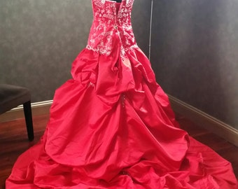 Stunning Red Satin Wedding Dress Bridal Gown with Silver Beaded Embroidery