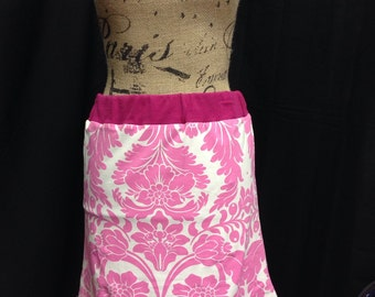 Ladies small Pink T-shirt skirt