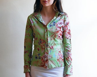 vintage 1970's green floral longsleeve button up / size small