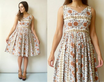 1950's Vintage Cotton Floral Printed Sundress Size XS