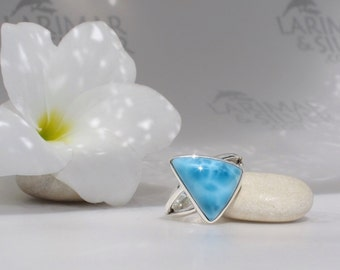 Larimarandsilver ring size 6.5, Caribbean Night  electric blue Larimar triangle, blue triangle, turtleback, navy blue, handmade Larimar ring