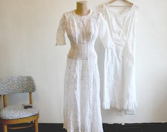 Antique Lace Wedding Dress