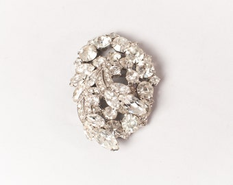 Vintage 60s WEISS BROOCH / 1960s Large Signed Sparkling Clear Tiered Rhinestone Pin