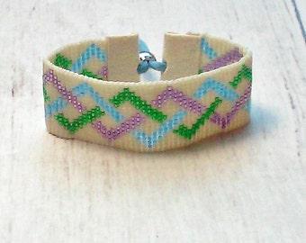 Geometric Bead Woven Bracelet - Bead Loom Bracelet - Bead Bracelet - Bohemian Bead Bracelet - Adjustable Bracelet