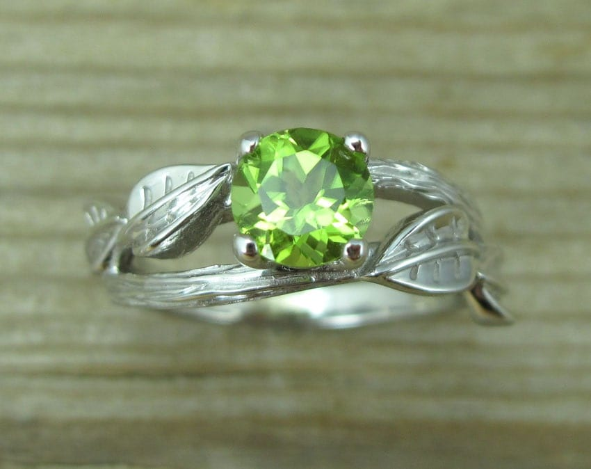 peridot wedding rings peridot engagement ring leaf engagement ring with peridot 6465