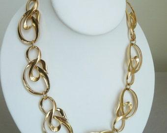 VTG AVON Large Link Choker Necklace, Gold Tone, Statement Necklace