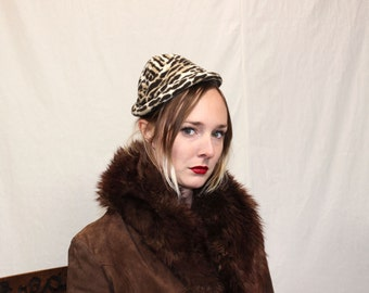 Vintage VTG VG 1960's 60's 1950's 50's Leopard // Cheetah Print Hat Faux Fur Retro High Fashion Hipster with Forest Emerald Green Lining